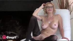 Josie Jays likes to feel a rock hard dick inside her good friend's shaved pussy
